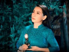 Sức khỏe Phi Nhung chuyển xấu, sao Việt đồng loạt cầu nguyện