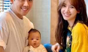 Trấn Thành và Hari Won khoe ảnh bên cháu gái