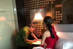 Hoa hậu Jolie Nguyễn nhờ pháp luật can thiệp xử lý những nguồn tin thiếu căn cứ