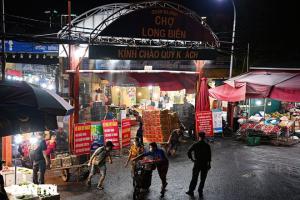 Vì sao dịch tấn công nhiều chợ đầu mối ở Hà Nội?